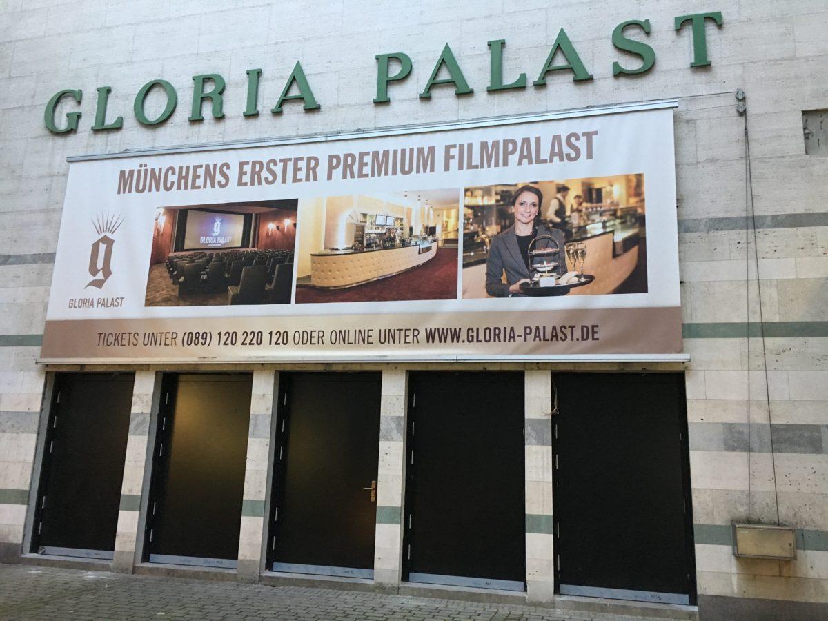 Die alten Pforten des Gloria Palast