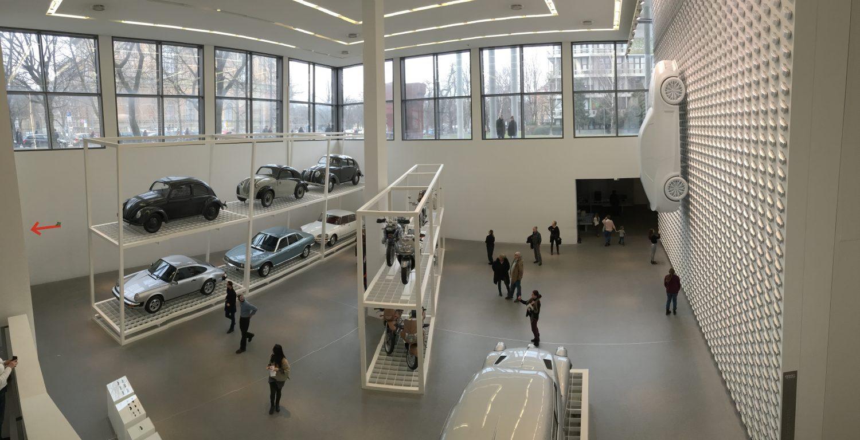 Interessant aber nichts für einen warmem Sommertag - die Pinakothek der Moderne