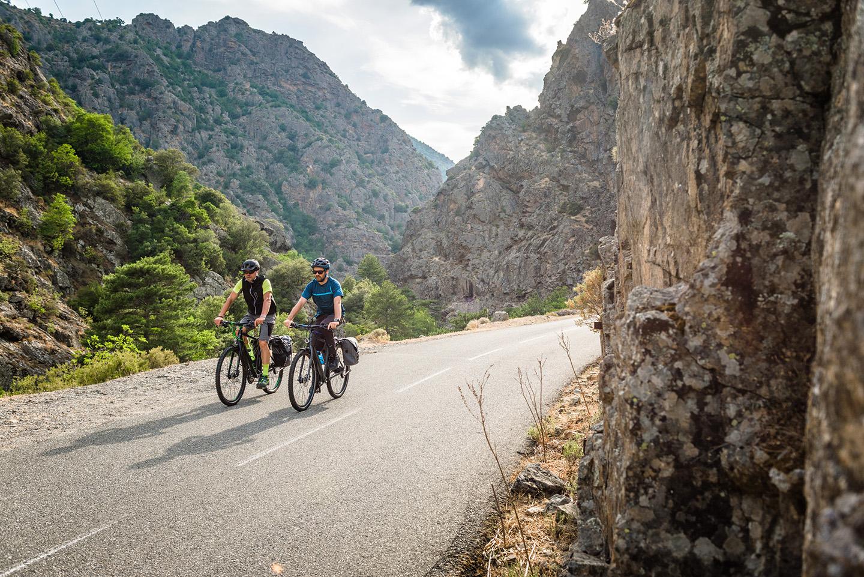Das Fahrrad soll sowohl Off- als auch On-Road geeignet sein