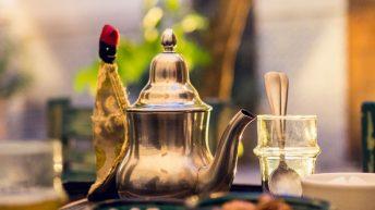 Frischer Minz-Tee den ganzen Tag - Riad Yamina